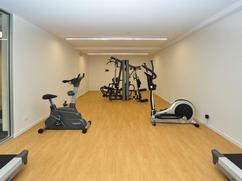 私人别墅 健身房 配置装修效果图   小型私人健身房   属