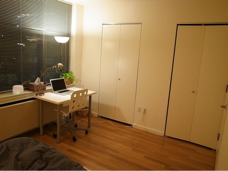 家装客厅与次卧的隔断图