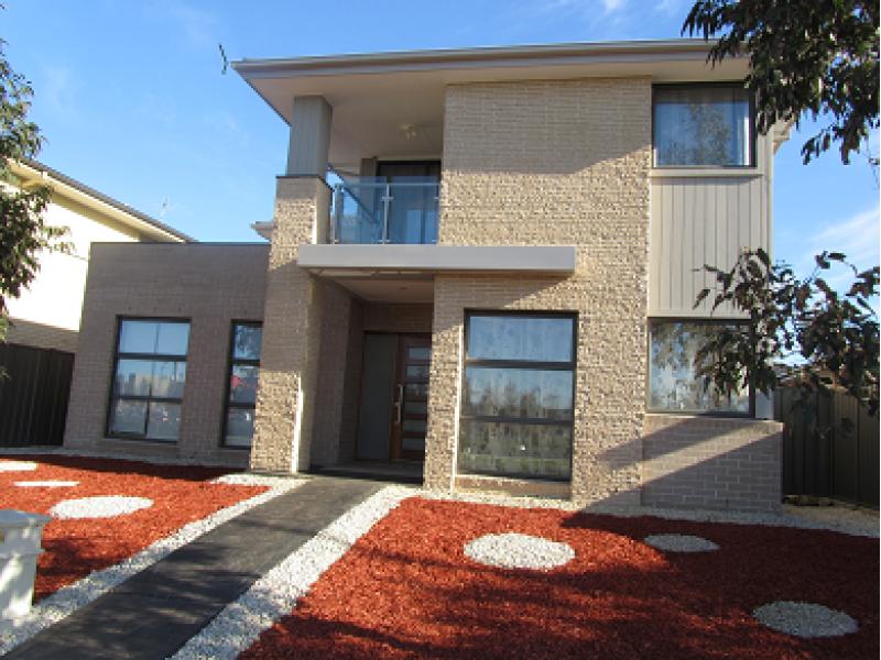 图片信息-房子外观-两层全新