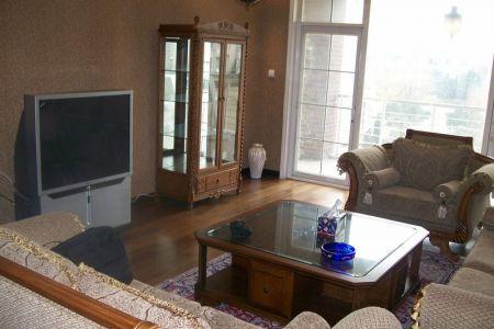 厅内-中国青岛豪宅套四房空中别墅出租 | 最新图片| 2