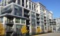 稀有绝佳好房!Bayview/sheppard 地铁豪华公寓一居室带超大庭院,出行生活极为便利!